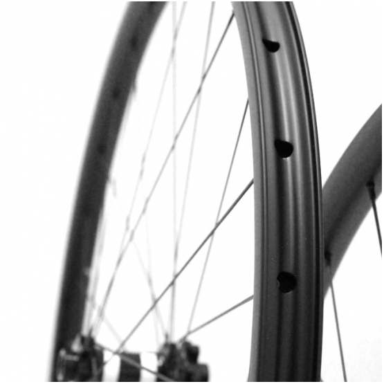 MARVEL XC TWO SEVENS Carbon Wheelset